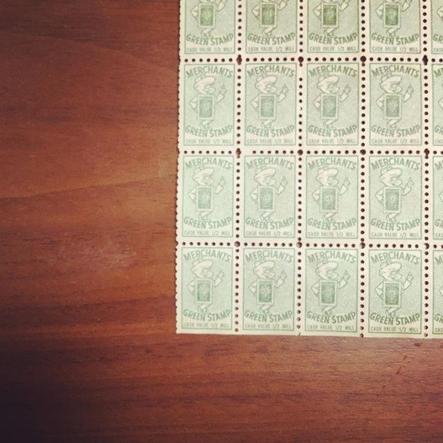 Green stamp#束の舎 #tsukanosha #つかのしゃ #nohsha #brocca #brocante #三鷹 #Mitaka #ブロカント #古道具 #がらくた #レトロ #蚤の市 #stamp #切手 #ephemera#古切手 #紙もの #古いもの #アジ紙 #味紙 #scrapbook #スクラップブッキング #コラージュ #collage #vintage #junkjournal #balletjournal - from Instagram
